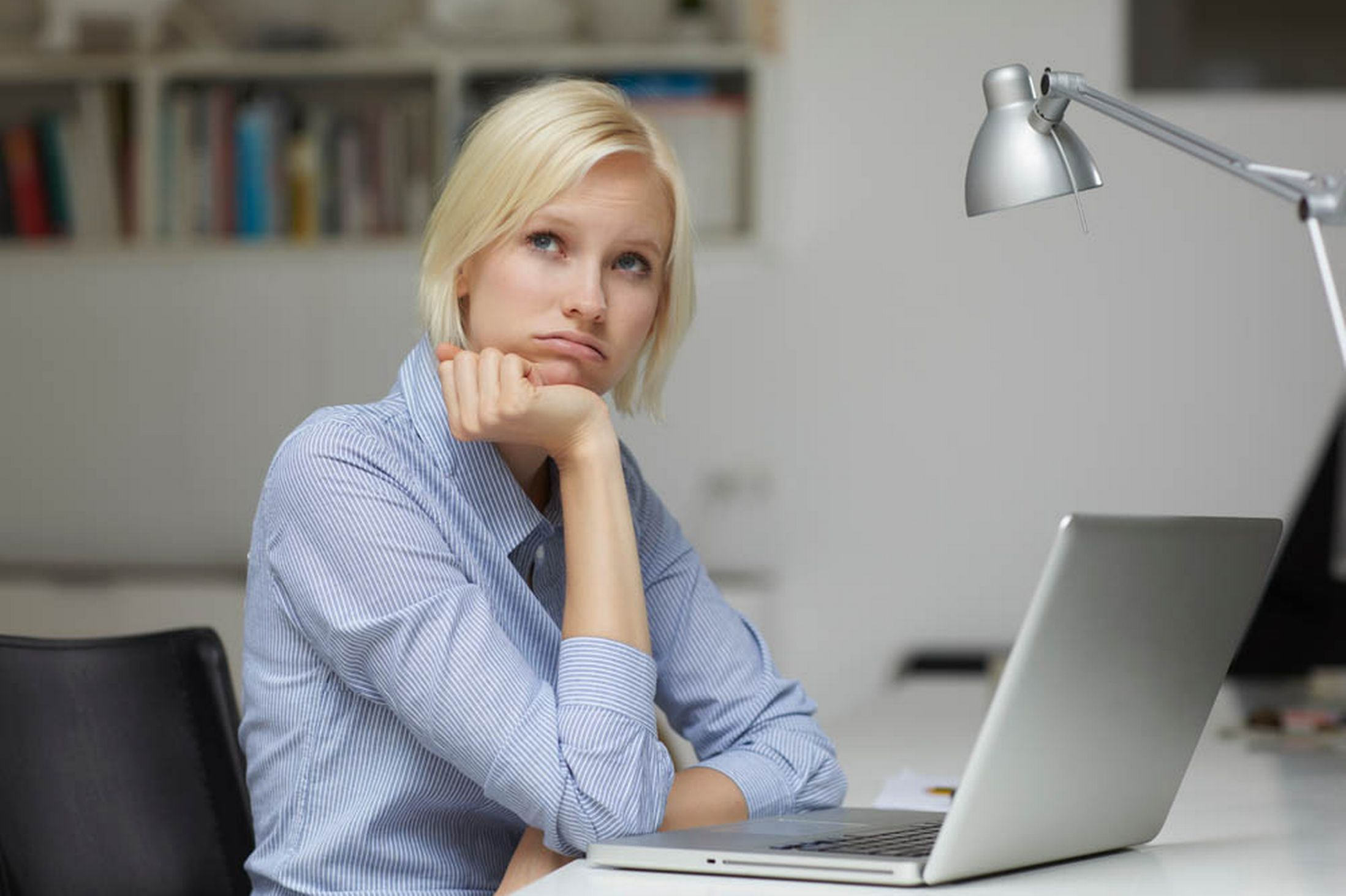 women-in-office-looking-tired